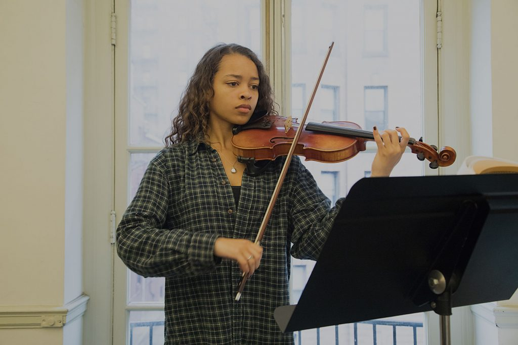 Photograph of Baltimore School for the Arts music student playing the violin