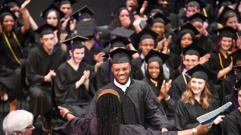 Photograph of Baltimore School for the Arts Graduation