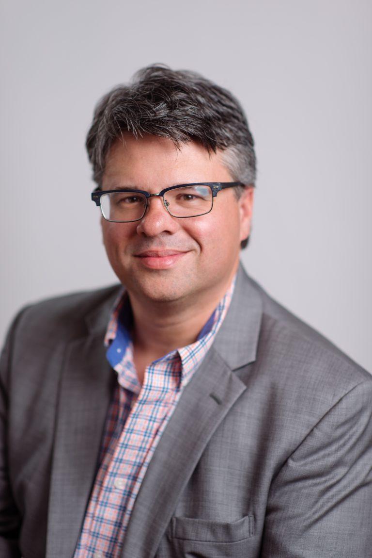 Portrait of Mark Hardy